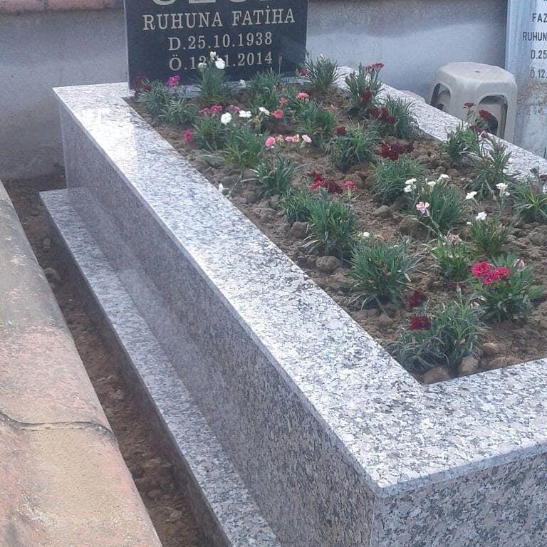 Granit Mezar Uygulaması