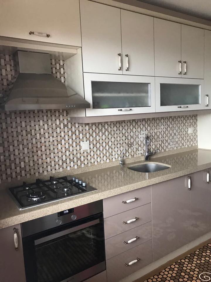 krem mutfak tezgahı